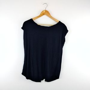 WILFRED | Crew Neck Short Sleeve Split Back Top